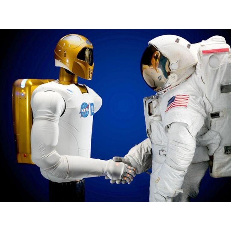 Entra en funciones el primer robot astronauta